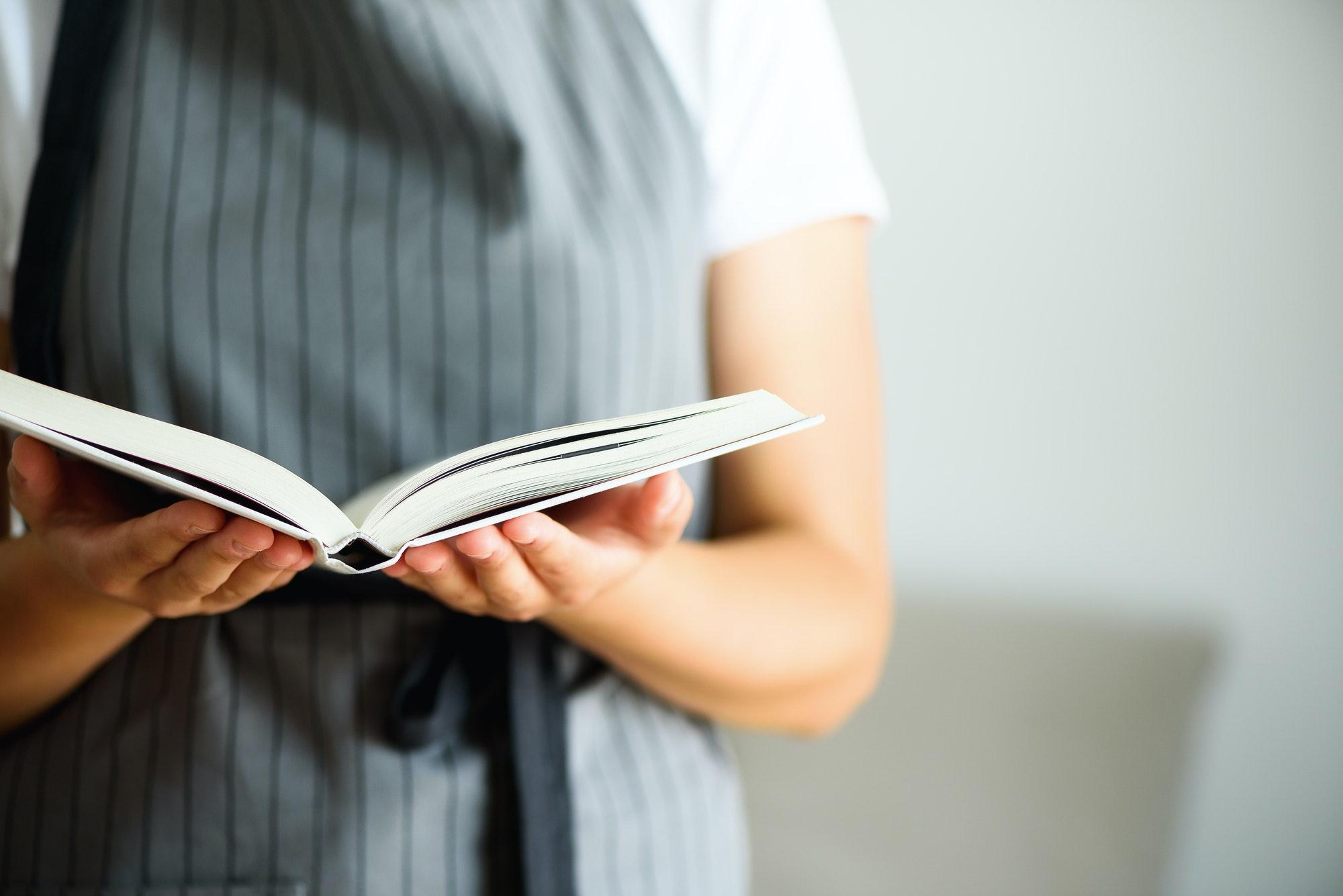 大量の本は、大量の知識を本当に私に与えてくれたのだろうか、と向き合った日